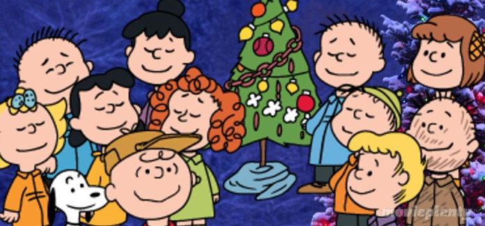 A Charlie Brown Christmas (1965) - Top 10 Christmas Movies