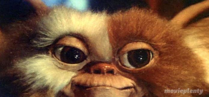 Gremlins (1984) - Top 10 Christmas Movies