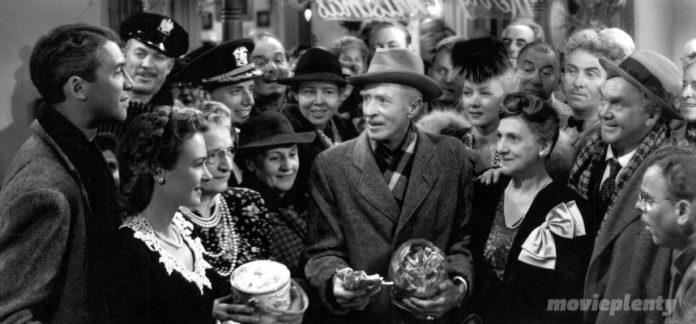 It's a Wonderful Life (1946) - Top 10 Inspirational Movies